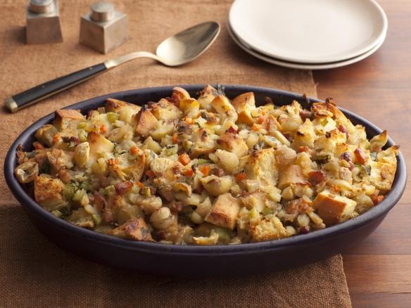 http://foodnetwork.sndimg.com/content/dam/images/food/fullset/2011/8/10/1/Thanksgiving-2011_EI1E05-ciabatta-stuffing-chestnuts-pancetta_s4x3.jpg