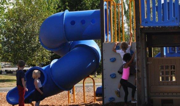 magnuson-playground-linnea-westerlind-sm