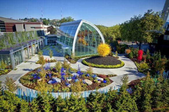 Visit Seattle Center International English Language