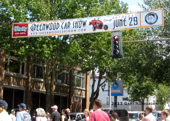 2013-banner-across-85th-greenwood-car-show